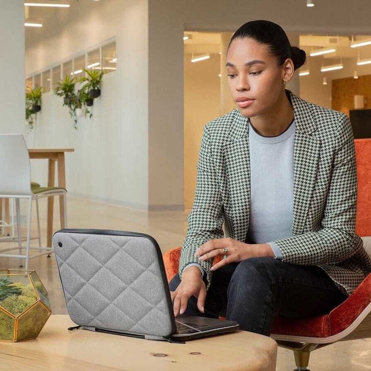 10 of the best MacBook Pro cases and covers thumbnail