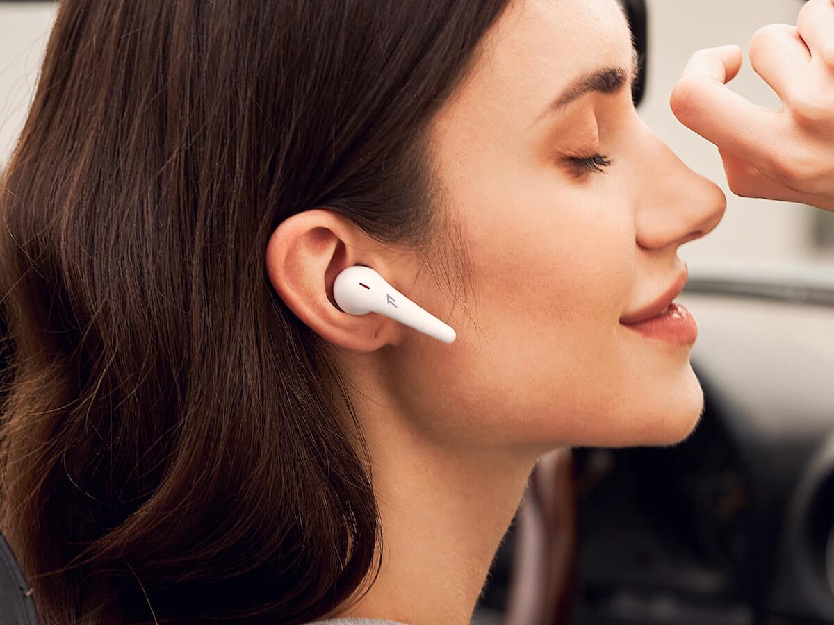 1MORE ComfoBuds Pro wireless ergonomic headphones have 4 ANC modes for different scenarios
