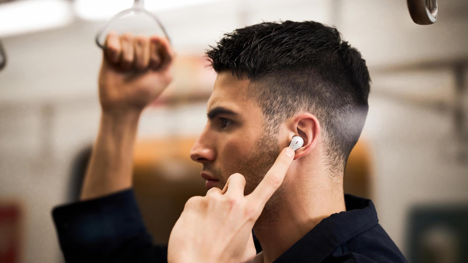 https://thegadgetflow.com/wp-content/uploads/2021/03/1MORE-ComfoBuds-Pro-wireless-ergonomic-headphones-01-1200x675.jpg