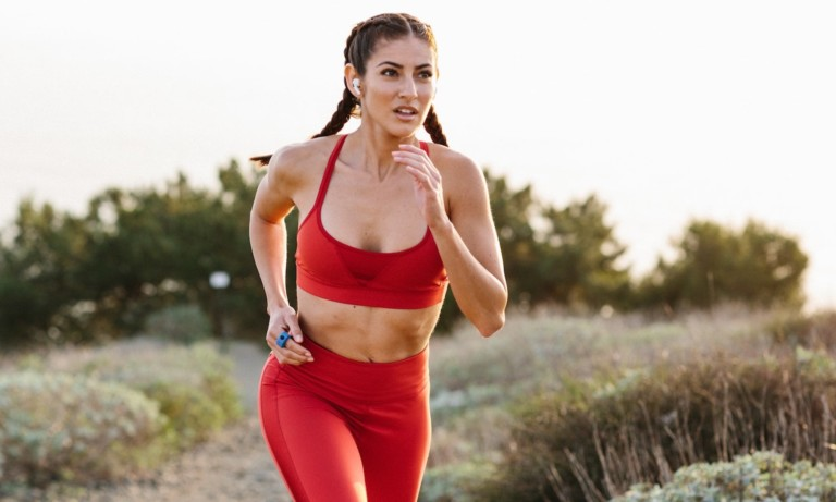 This sports wearable helps you stay connected while working out