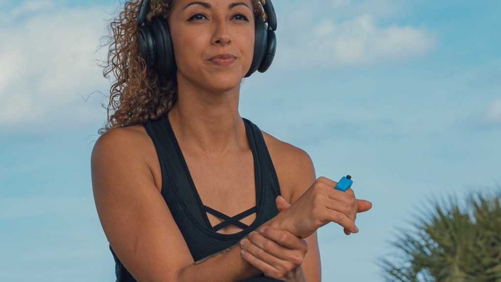 This sports wearable helps you stay connected ArcX smart sports ring
