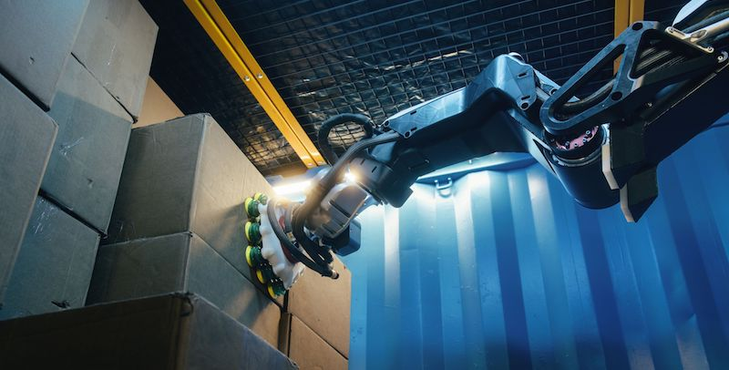 This robot from Boston Dynamics can lift boxes like a pro
