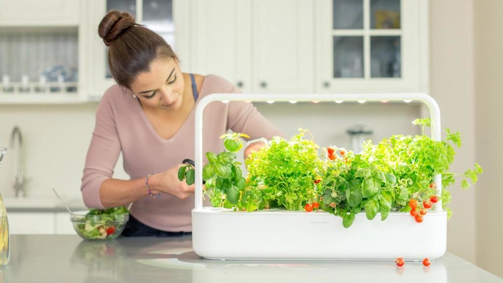 Click & Grow Smart Garden 9 PRO