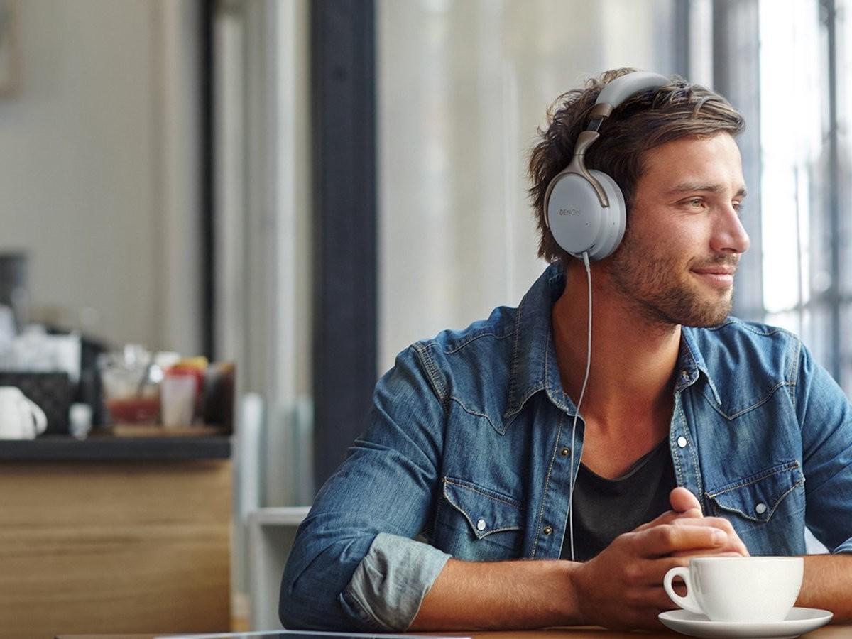Denon AH-GC25NC noise-canceling headphones provide hi-res audio performance