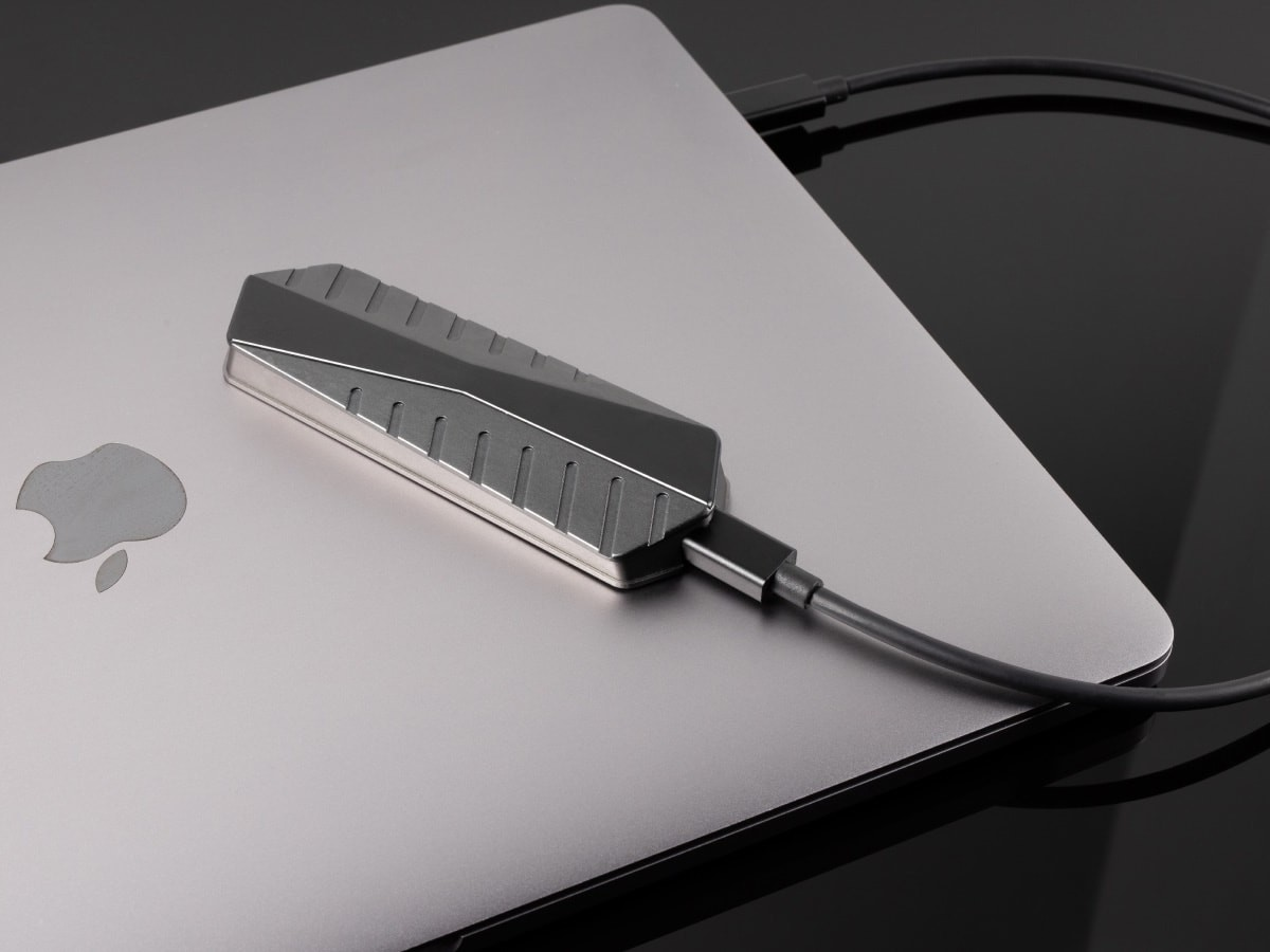 GigaDrive super-fast external SSD boasts speeds of up to 2,800 MB/s thumbnail