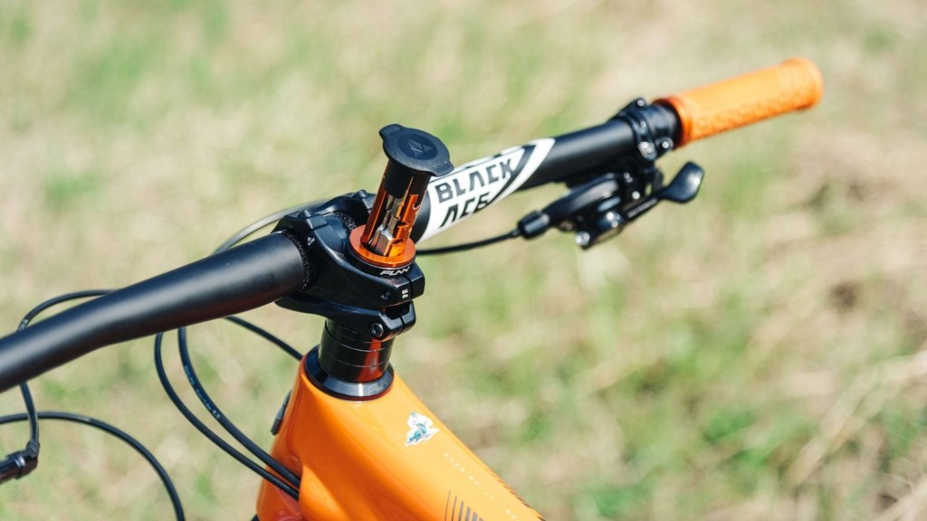 Essential Bicycle Gadgets to Keep You Safe Granite Design Multitool