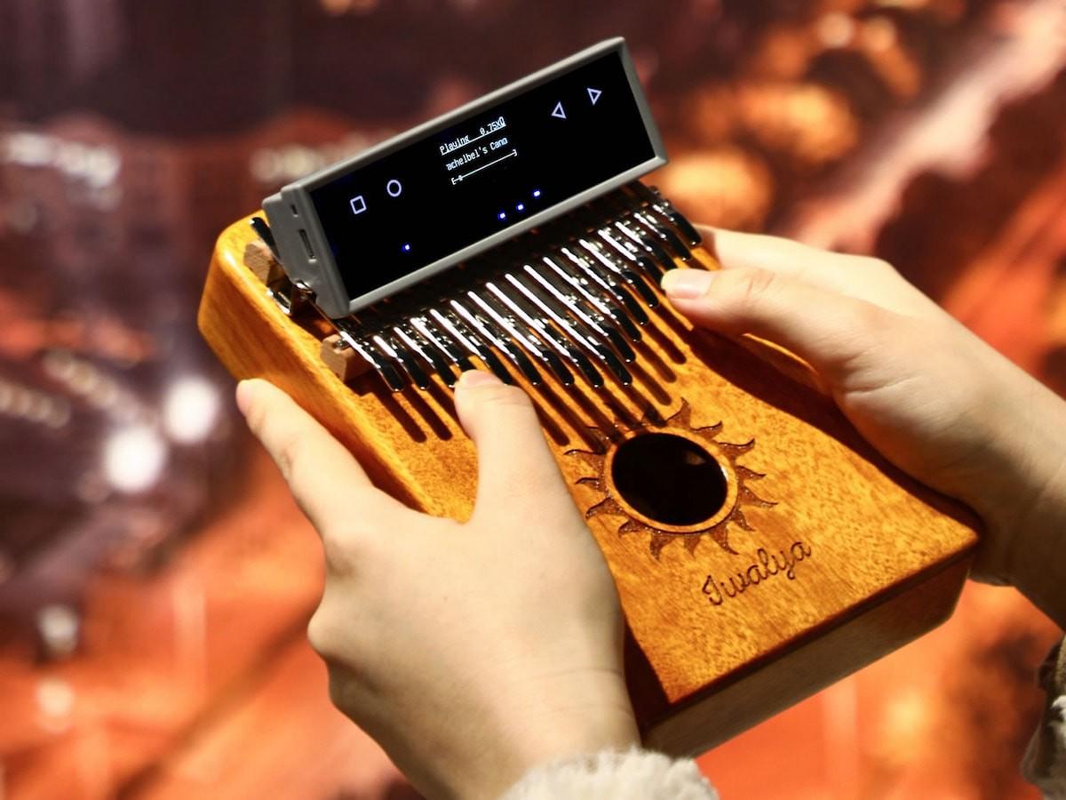 KalimbaGo thumb piano has an intelligent interface that lets you play many songs thumbnail