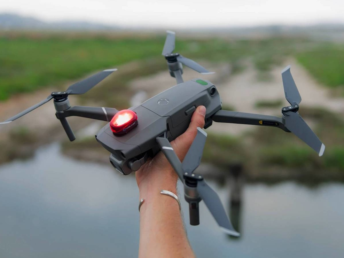 Lume Cube Strobe drone light helps you avoid collisions in the air