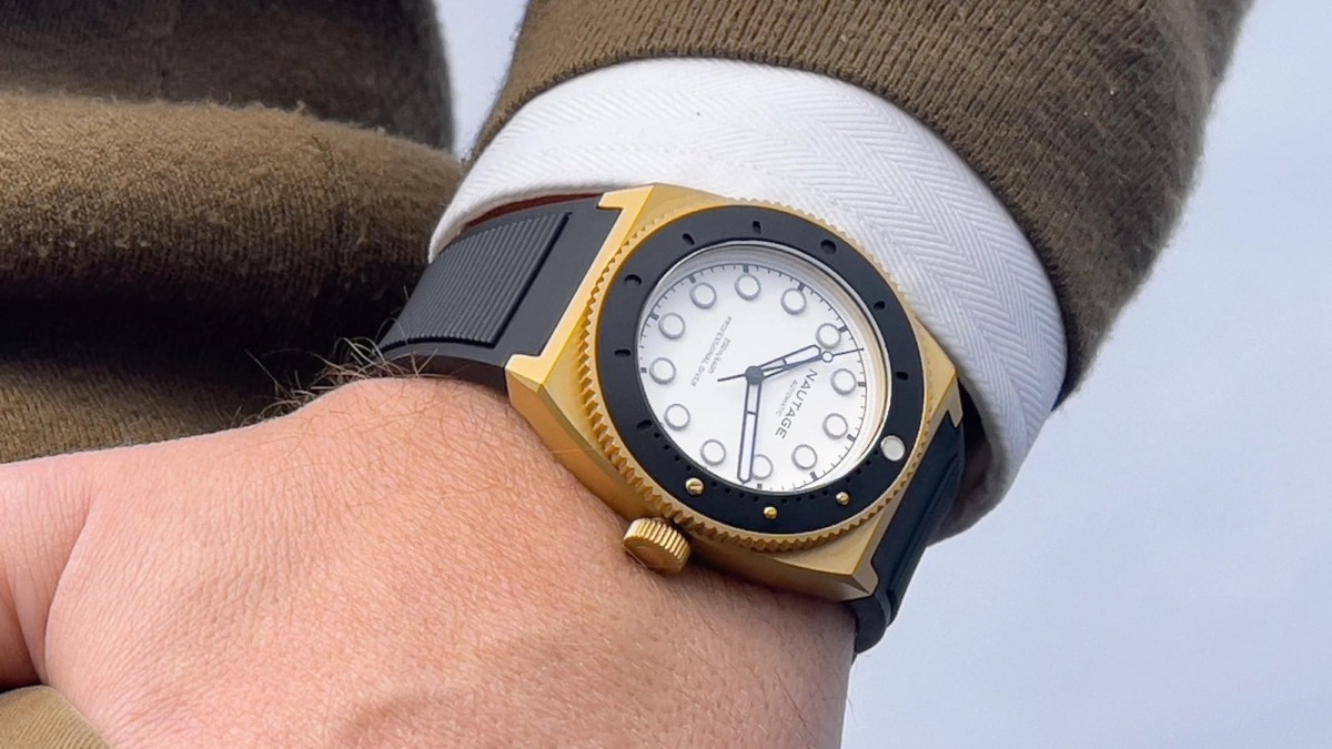 This luxury automatic watch is one you can wear in the sea
