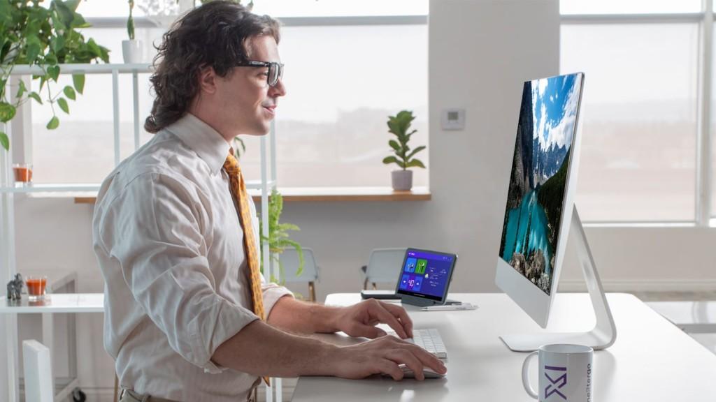 NextErgo is an AI-powered smart standing desk