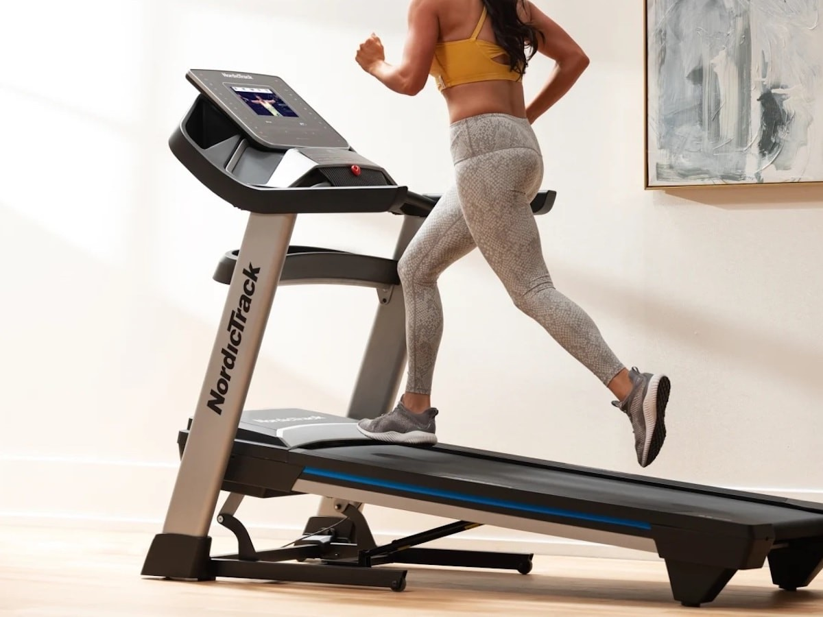 NordicTrack EXP 10i personal home treadmill gives you interactive training at home