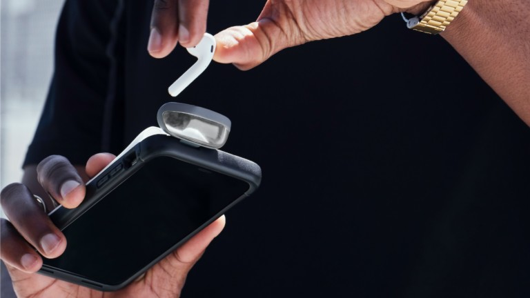 Power1 iPhone and AirPods case charger features Intelligent Power Monitoring