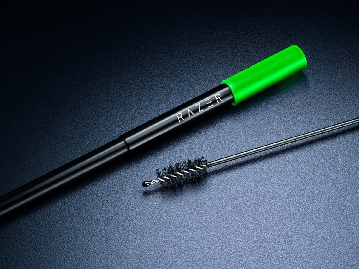 Razer Reusable Stainless Steel Straw boasts a stainless steel body & collapsible design
