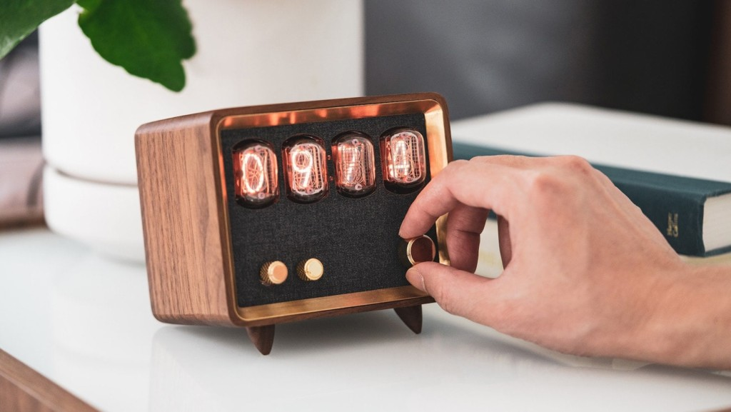 15 Coolest product designs that will make you go wow Retio retro radio speaker