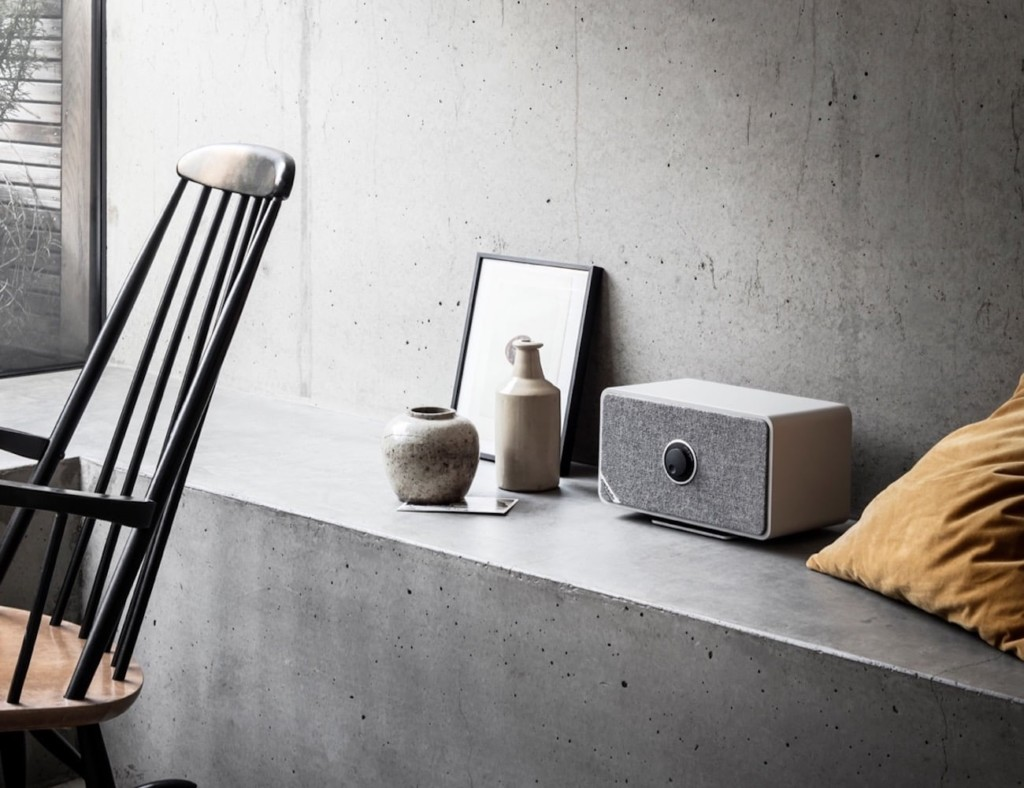 v Ruark Audio MRx Wireless Multi-Room Speaker