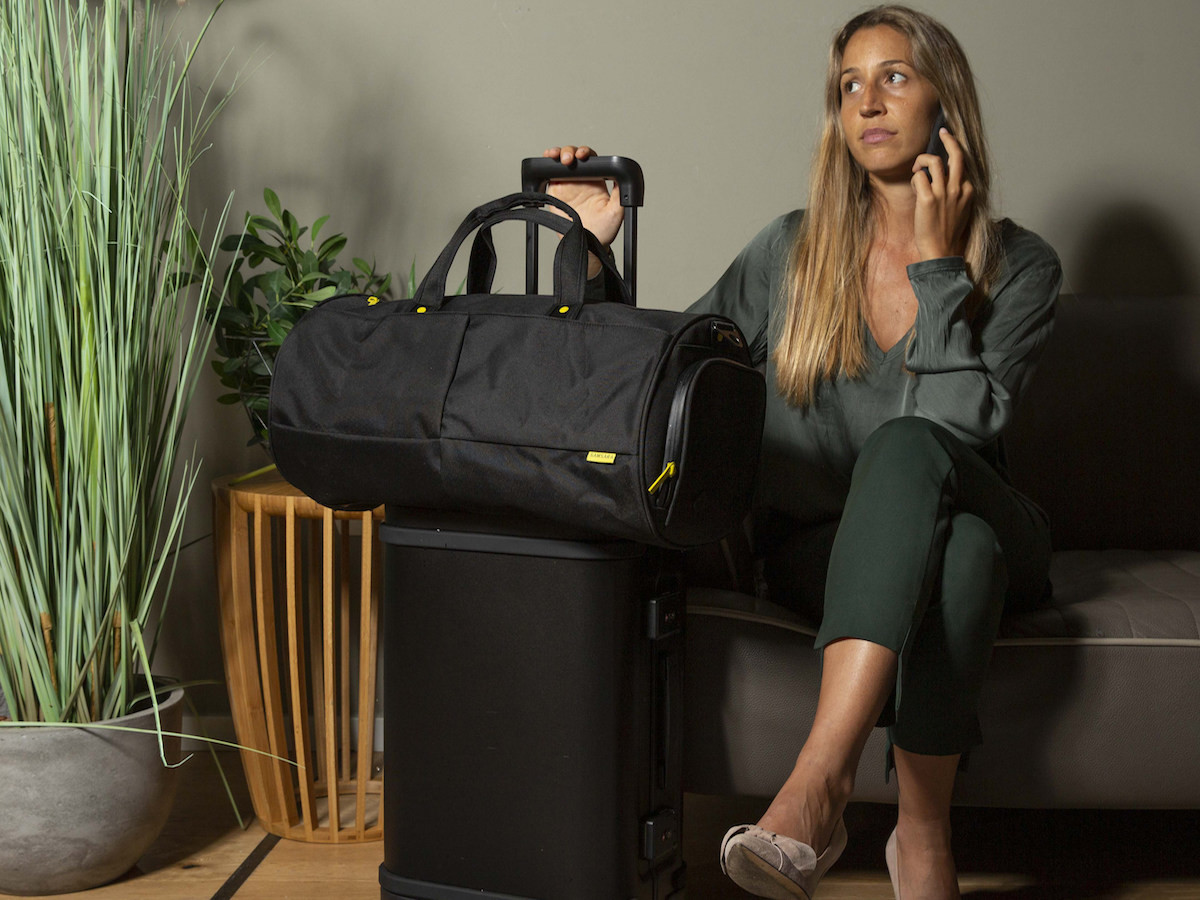 Samsara Nano Weekender Bag prevents bacteria from growing on the fabric