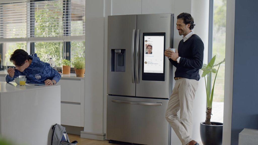 Samsung Family Hub 2021 smart refrigerator series