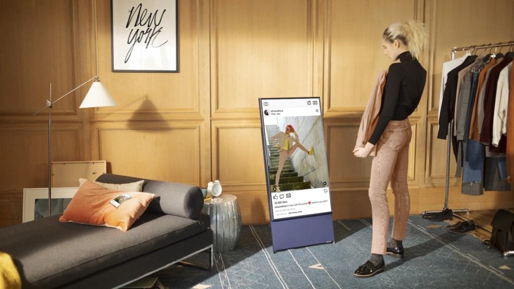 Samsung The Sero 2021 rotating TV