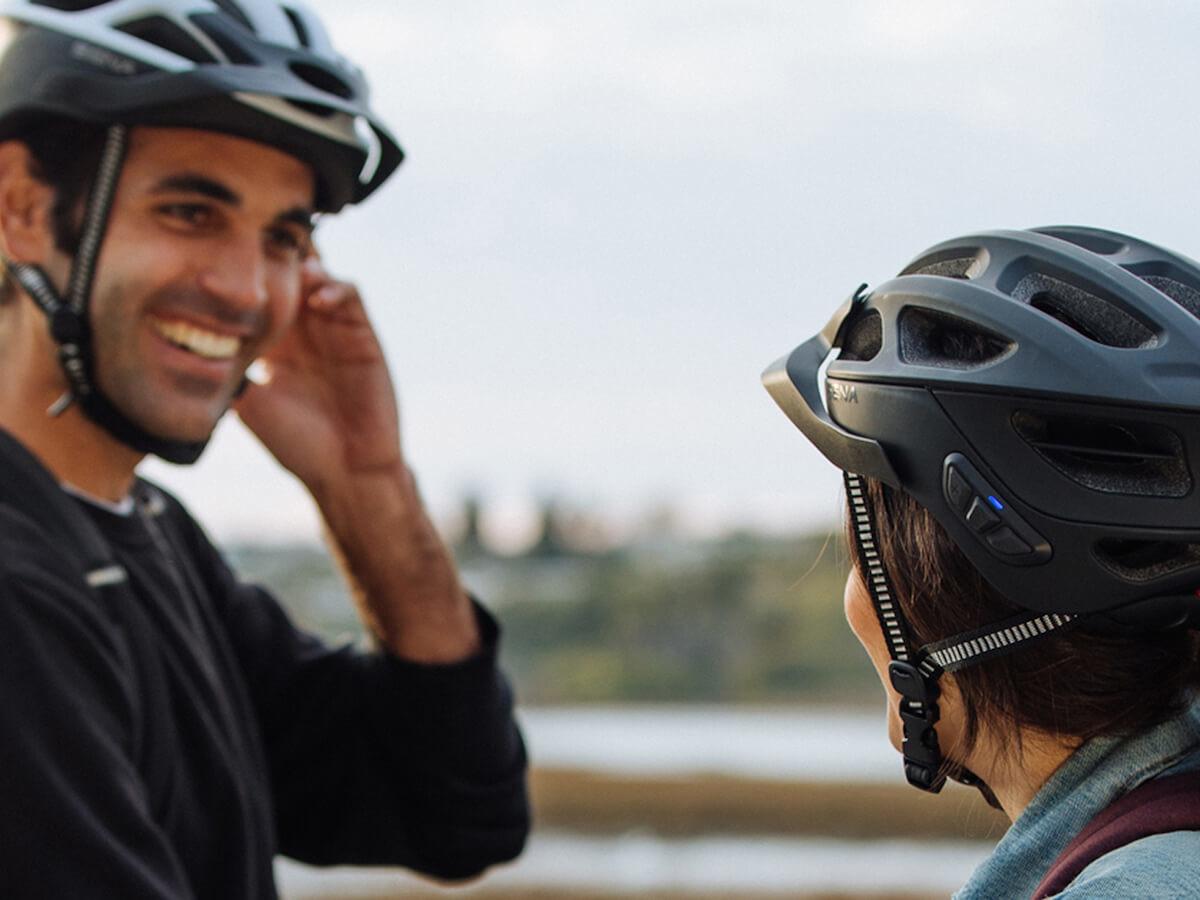 Sena R1 EVO high-tech cycling helmet lets you play music, hear GPS navigations, and more
