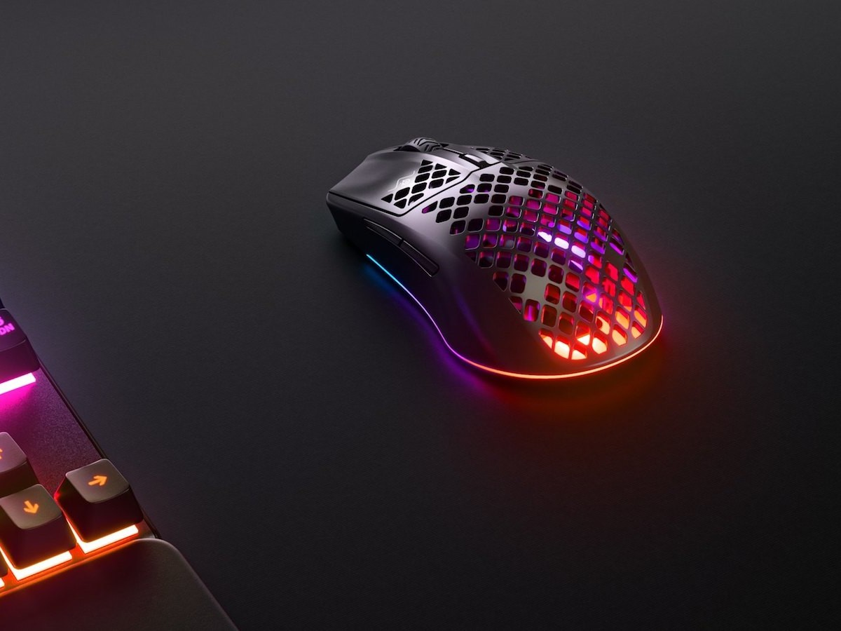 SteelSeries Aerox 3 water-resistant gaming mouse offers high levels of accuracy