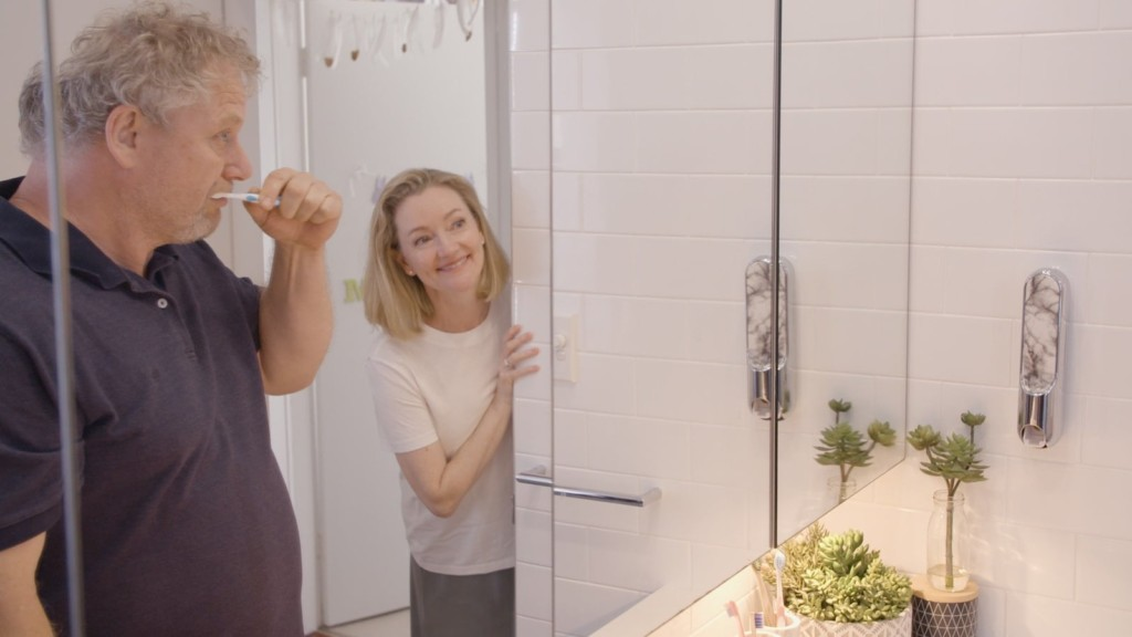 This stylish toothpaste dispenser makes it easier to keep your bathroom clean UpKit toothpaste dispenser