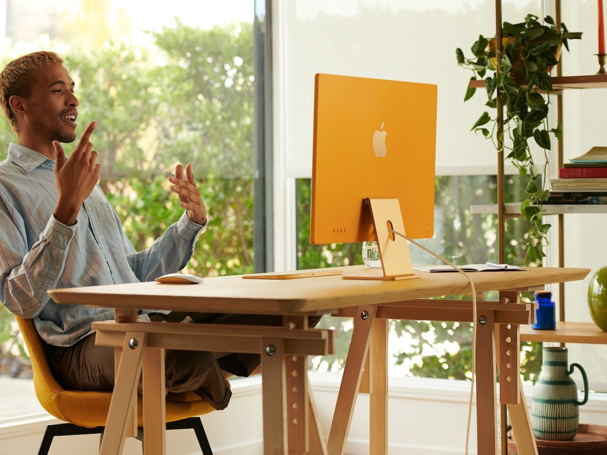 Apple All-New iMac 24″ with M1 Chip comes in 7 bright colors with a 4.5K Retina display