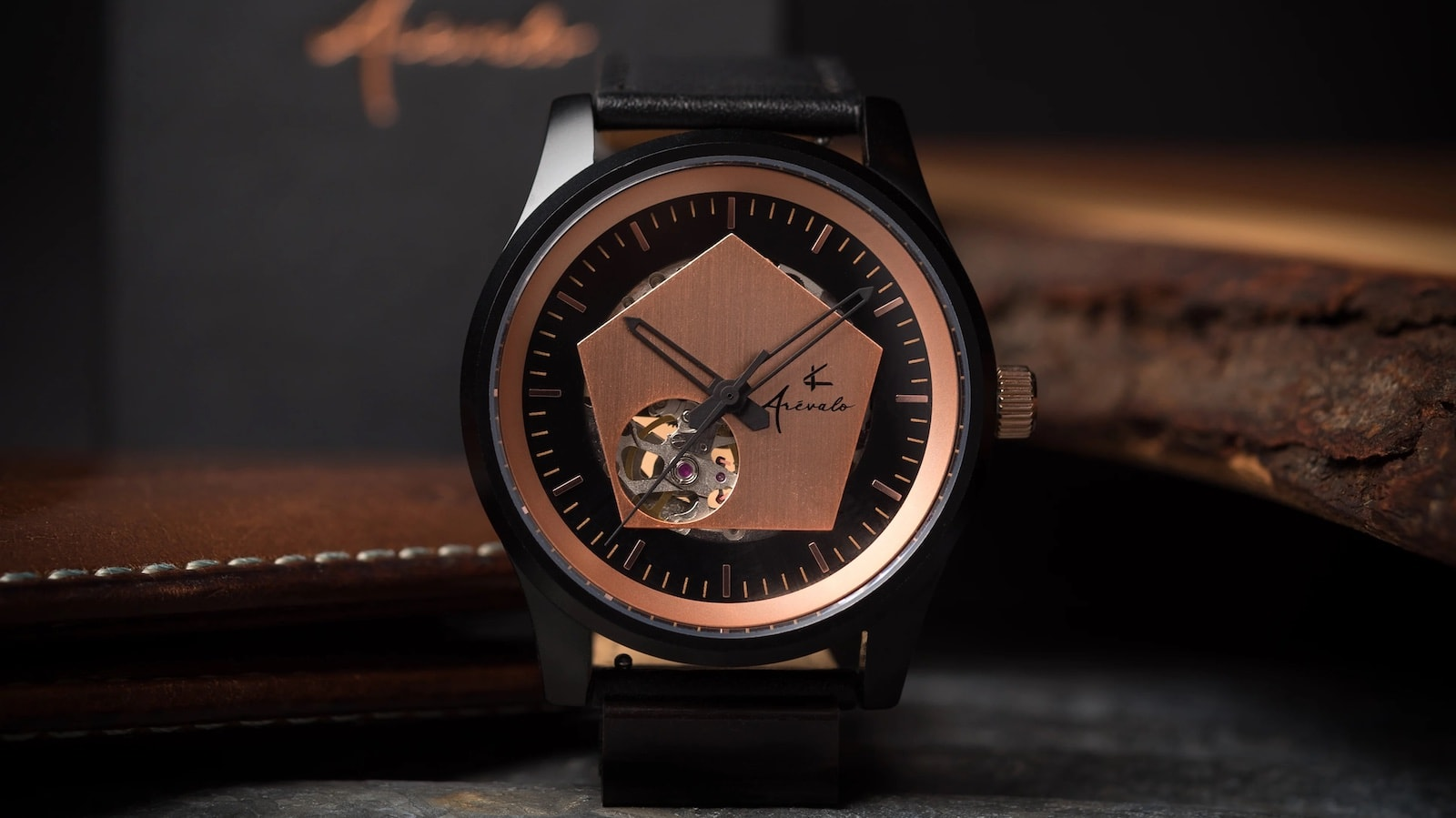 Arévalo Watches Pentagonum subtle timepiece blends black and rose gold