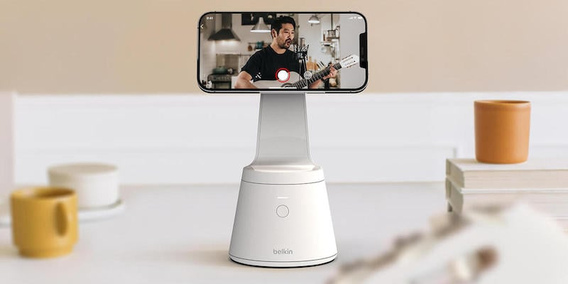 Belkin Magnetic iPhone 12 Mount with Face Tracking