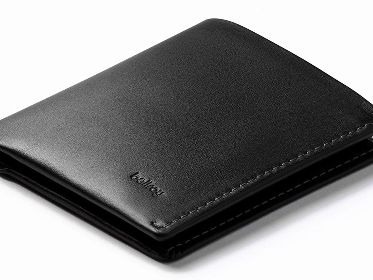 Bellroy Note Sleeve includes quick-access slots and holds cards, bills, and coins