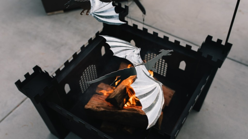 Campfire Flyers flame-powered dragons