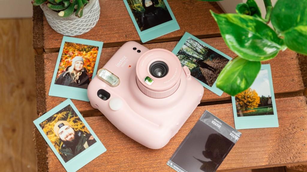 Fujifilm Instax Mini 11 compact instant camera