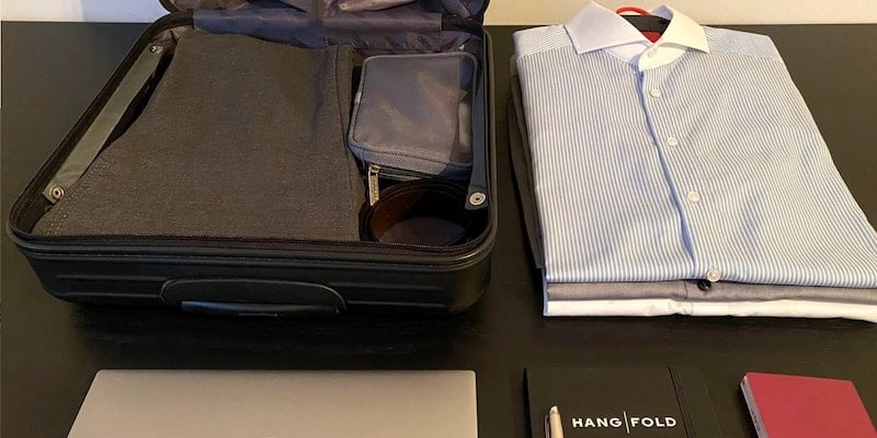 This foldable hanger helps you keep your clothes tidy during travel HangFold travel hanger
