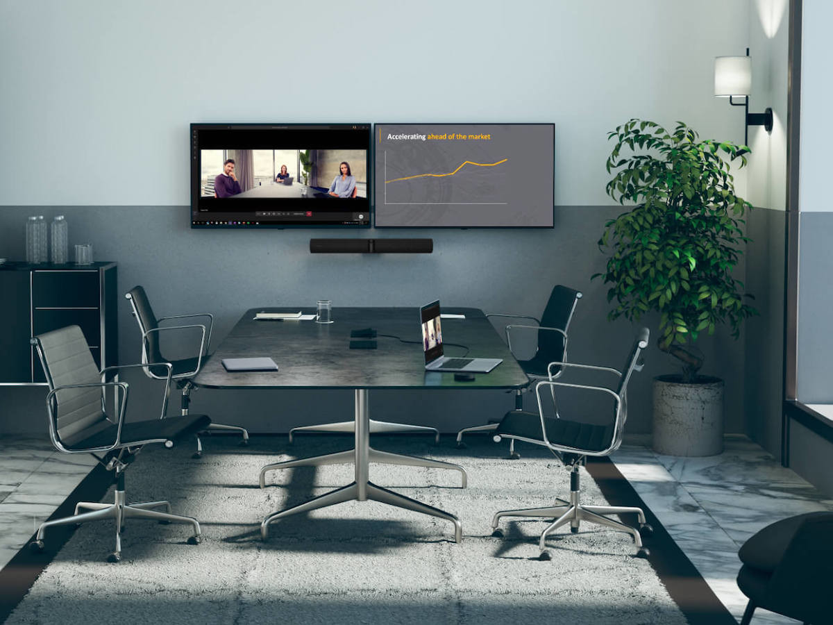 Jabra PanaCast 50 intelligent video bar has a 180° field of view in panoramic 4K quality