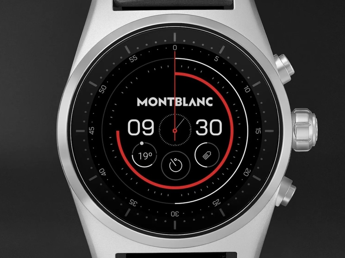 Montblanc Summit Lite smartwatch has a timeless, luxurious design