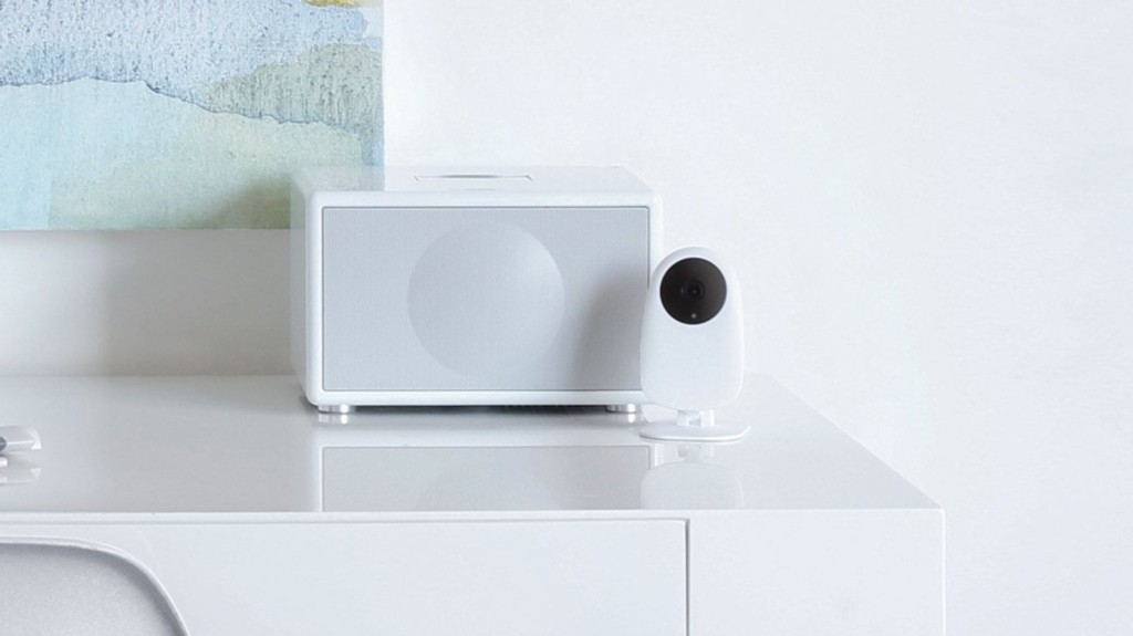 Nooie Cam Indoor security camera