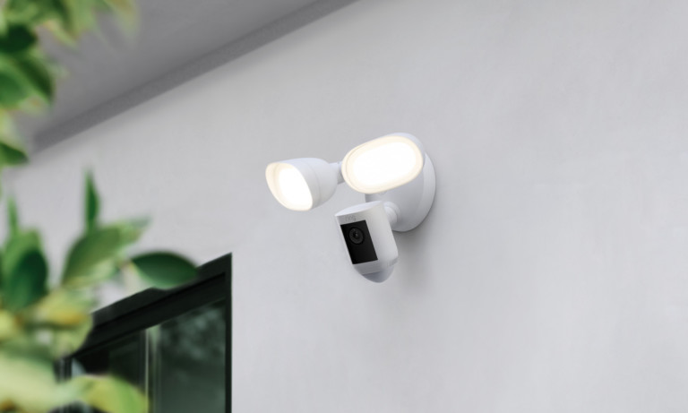 Ring's new floodlight camera comes with radar-scanning tech