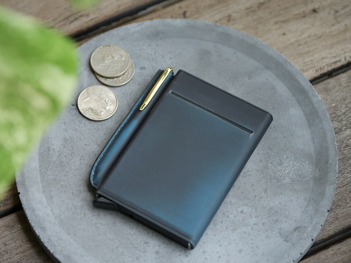 Shinkai 3-way modular wallet offers innovative simplicity with multiple functions