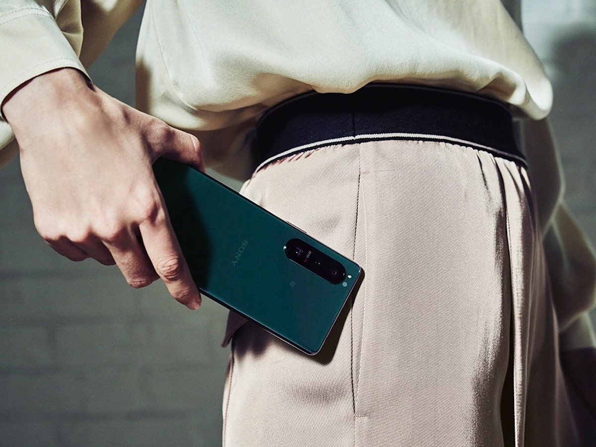 Sony Xperia 5 III 5G smartphone includes object-tracking technology & a 3D iToF sensor