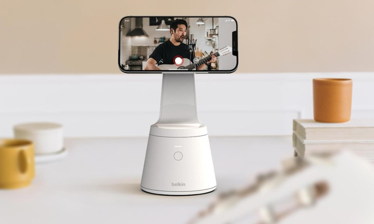 This Belkin iPhone 12 stand will follow you during recordings with face tracking