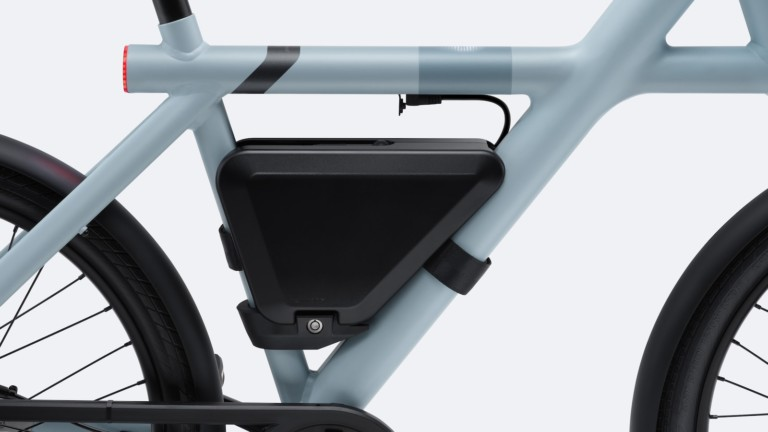 VanMoof PowerBank for eBikes provides up to 62 extra miles of range