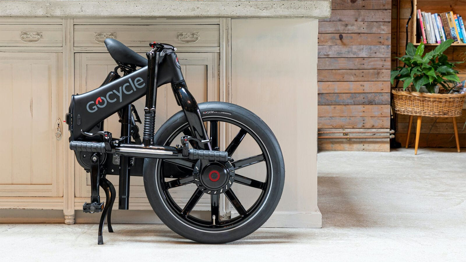Gocycle G4 Foldable eBike Series boasts the G4drive electric motor & USB charging port