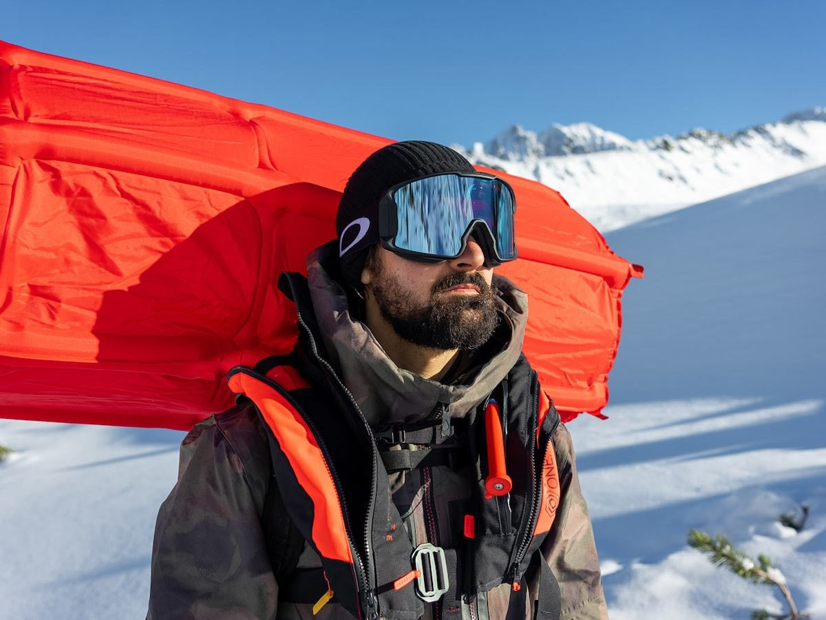 Vest ONE Starter Kit avalanche airbag device offers lifesaving protection for snow sports