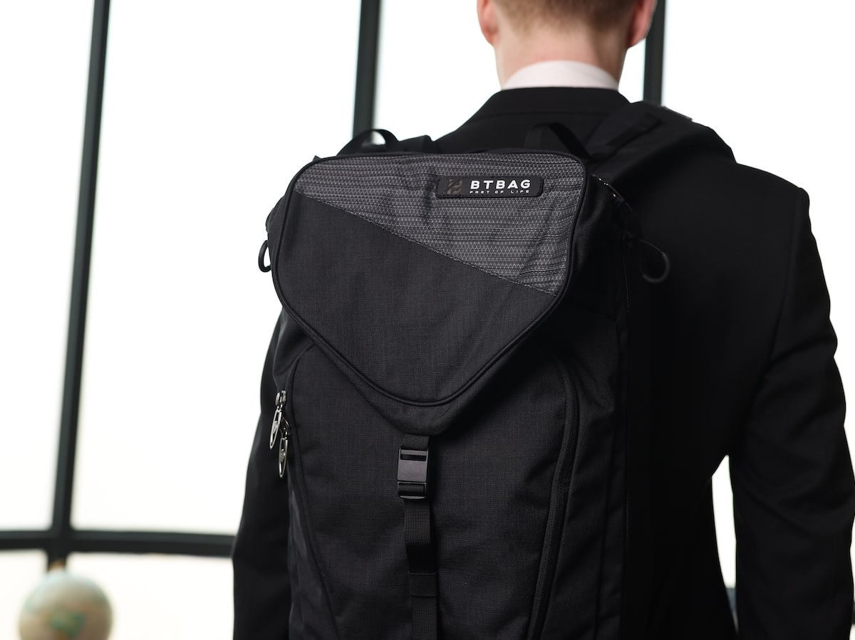BT BAG versatile backpack expands to 70 liters and is great for business and travel