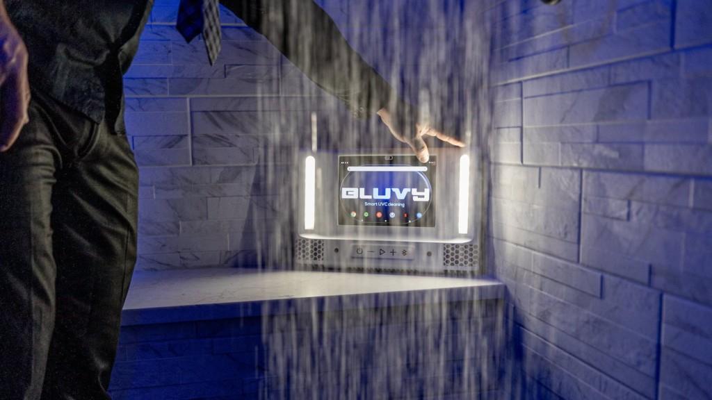 Bluvy smart shower mirror