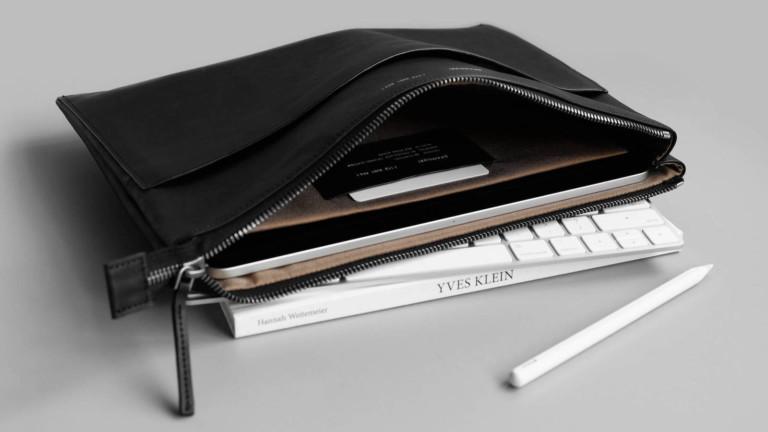 "GRAMS28 113 Leather Folio for iPad & MacBook fits an iPad Pro 12.9"" with Magic Keyboard"