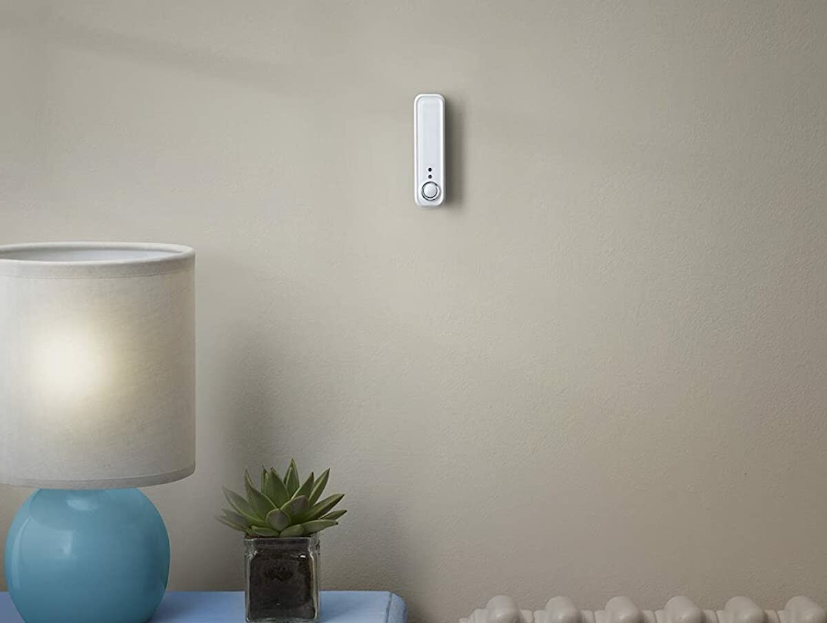 Hive Motion Sensor sends instant notifications right to your phone for extra security