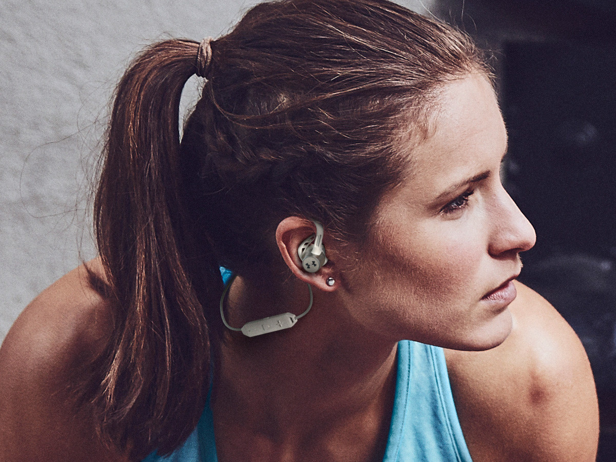 JBL UA Sport Wireless Pivot headphones offer Bionic Hearing sound & microphone technology