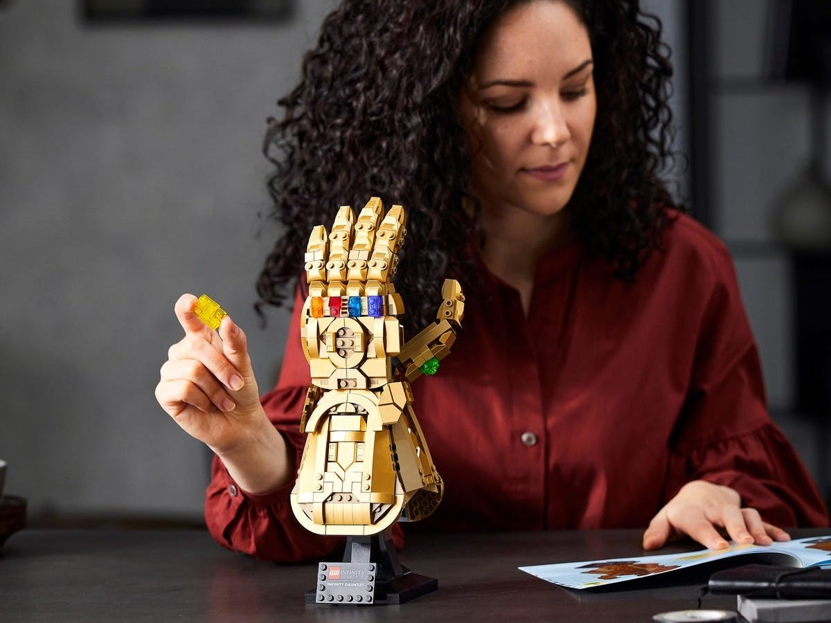 LEGO Infinity Gauntlet Marvel building set includes colorful Infinity Stones and a plaque