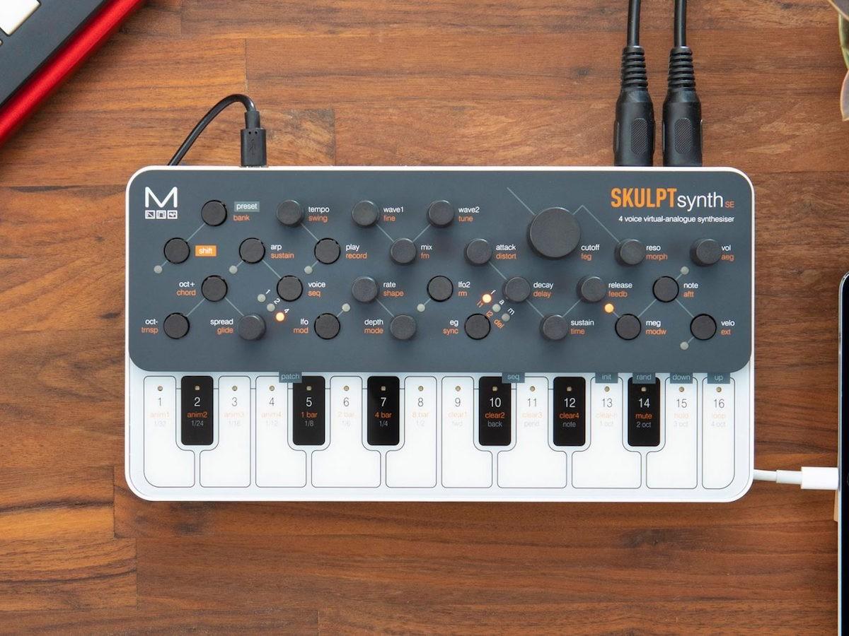 Modal Electronics SKULPTsynth SE virtual-analog synthesizer has a 32-oscillator system