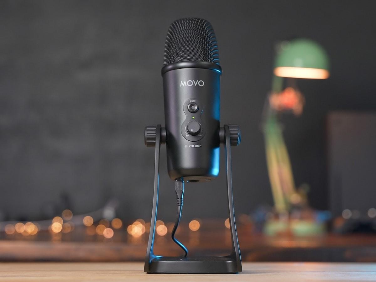 Movo UM700 USB desktop studio microphone has adjustable polar patterns for versatility